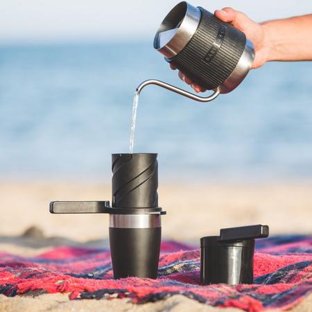 Barista & Co - Shorty Pour Over Jug Steel - Czajnik w osłonce 600 ml