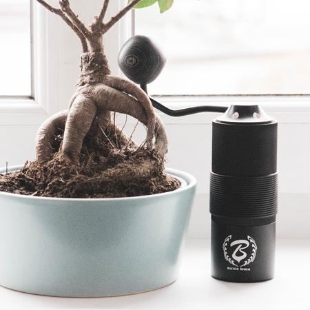 Barista Space hand grinder młynek ręczny czarny (outlet)